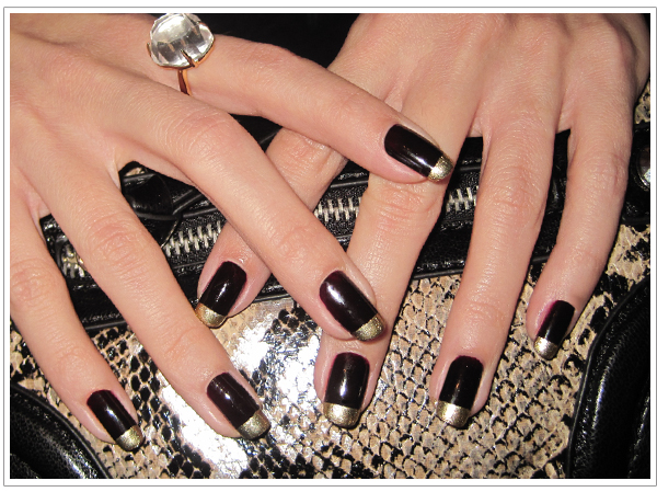 yslRockAndBaroqueMetalTipsManicure Gold manicure design in any styles